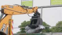 JCB 4CX hulladékkezelésre kifejlesztve video 2